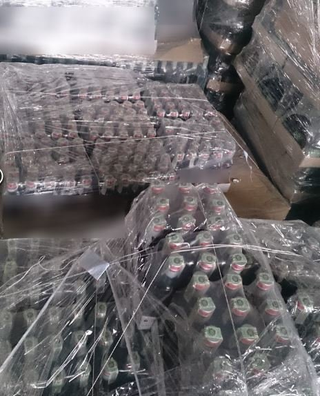В Днепре под видом известного бренда продавали поддельный алкоголь (ФОТО), фото-2