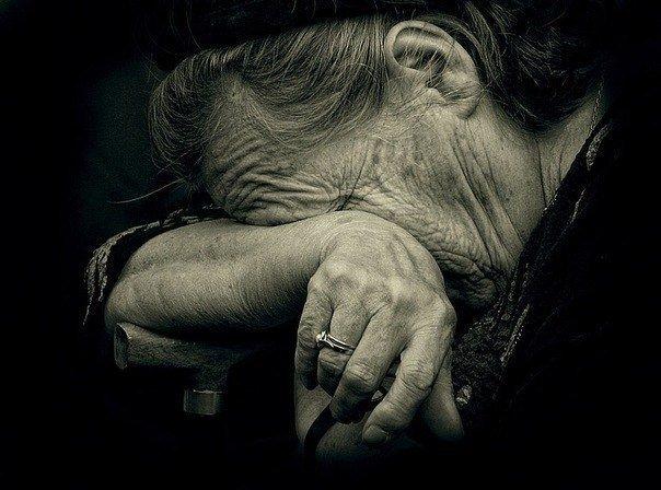 Як ужгородські патрульні серед ночі шукали зниклу 78-річну бабусю, фото-1
