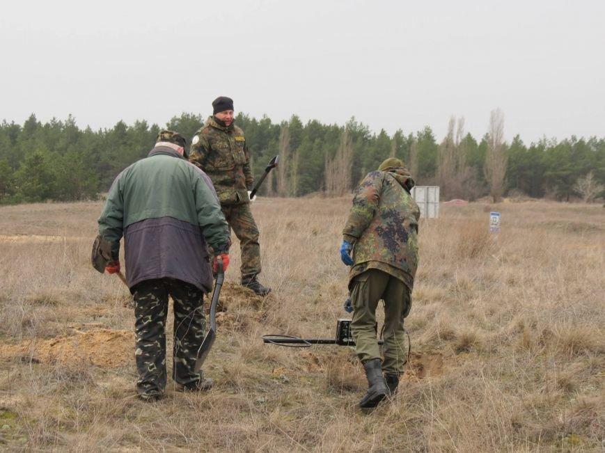 Херсонские поисковики нашли останки воина Красной Армии (фото), фото-2