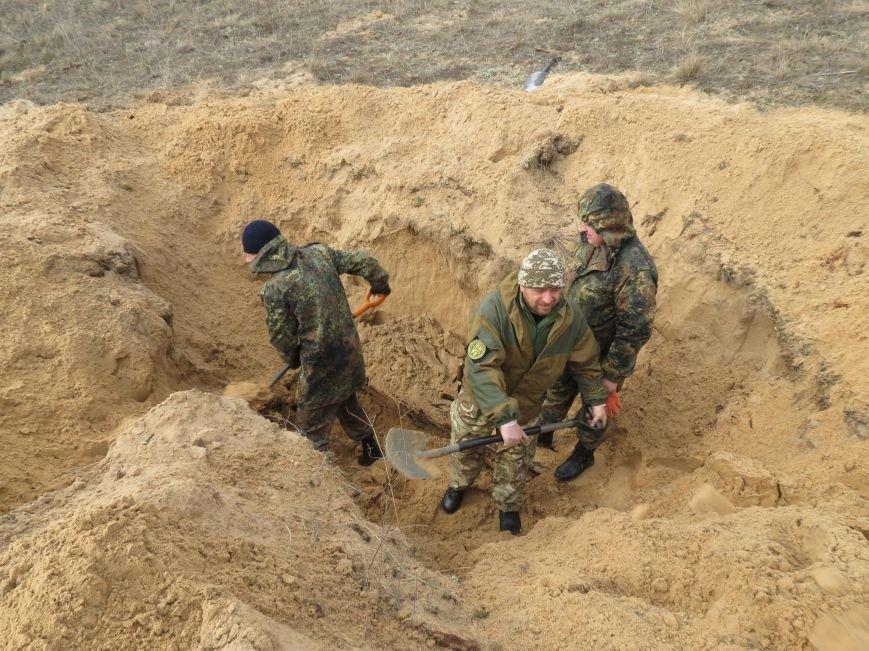 Херсонские поисковики нашли останки воина Красной Армии (фото), фото-1
