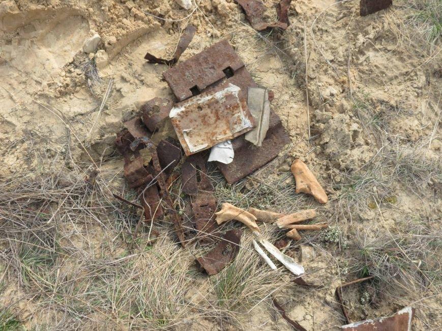 Херсонские поисковики нашли останки воина Красной Армии (фото), фото-3