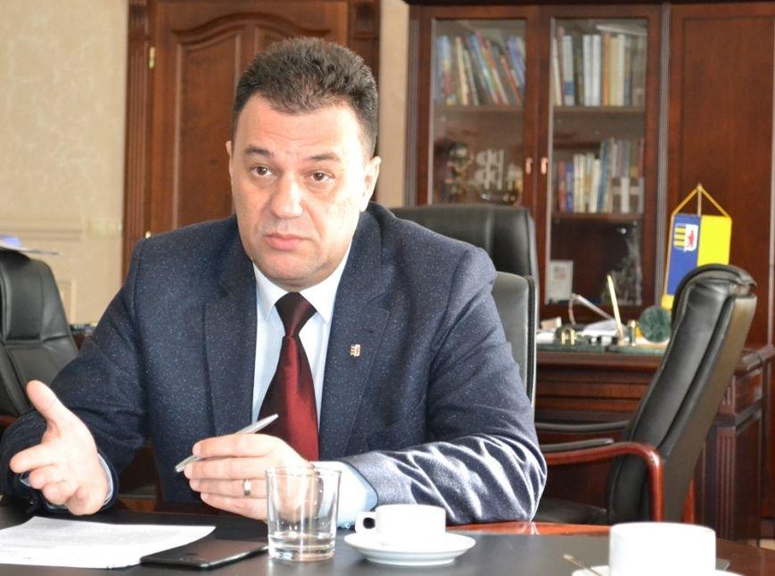 Блокада ОРДЛО: Закарпатська облрада терміново скликає позачергове пленарне засідання, фото-2