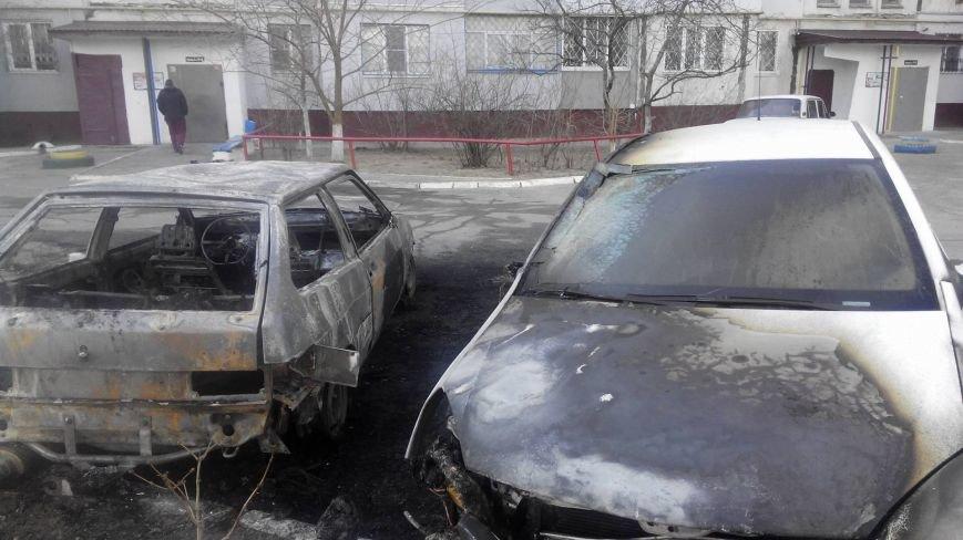 На Херсонщине поджигают автомобили (фото), фото-1