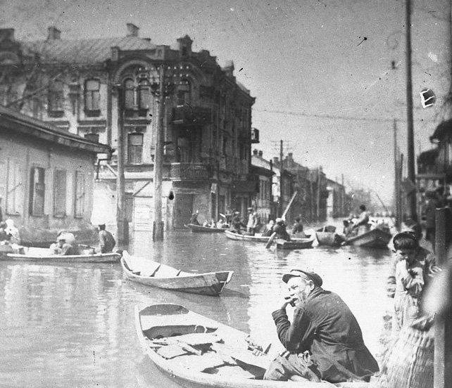 Как это было: фотохроника киевских наводнений, фото-1