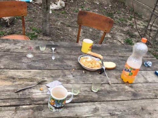 """У Берегові 35-річний чоловік під час """"п'янки"""" порізав шию своєму співмешканцю: фото, фото-4"""