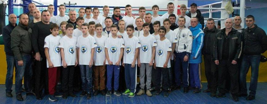 Юные херсонские боксеры отправились на региональный чемпионат Украины по боксу (фото), фото-1