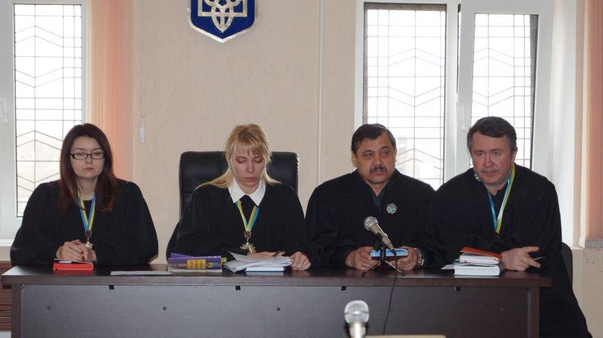 В Павлоградском суде начали рассматривать дело об убийстве женщины и взрыве пятиэтажки, фото-4