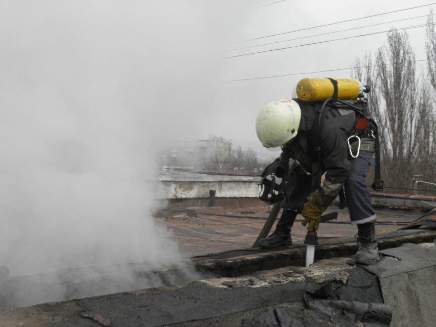В Ужгороді на Грушевського пожежа у п'ятиповерхівці: фото, фото-3
