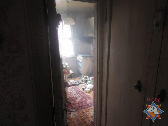 Еще один пожар в Полоцке: хозяина загоревшейся квартиры спасла соседка, девять человек эвакуировали, фото-2