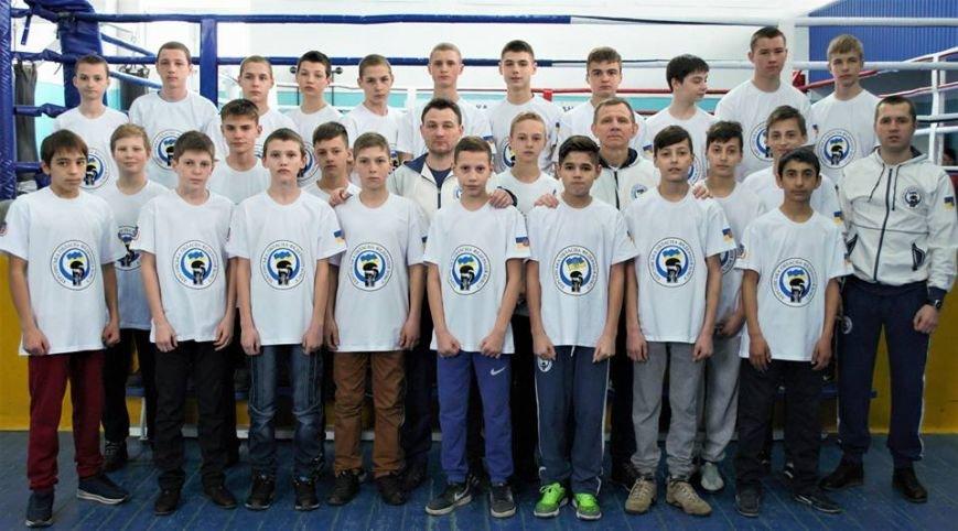 Спортсмены Херсонской области провели первые бои на региональном чемпионате Украины по боксу среди школьников, фото-1
