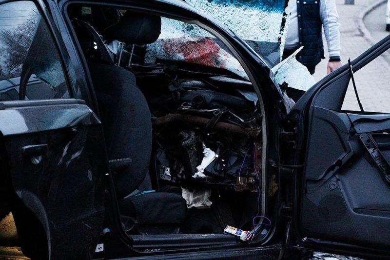 ДТП на Набережной Днепра: погиб водитель и две девушки (ФОТО), фото-1