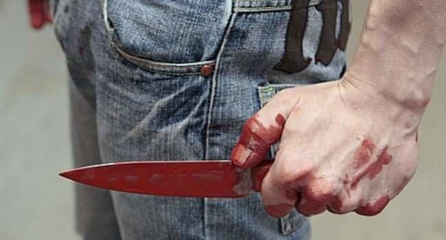 Брат пішов на брата: в Ужгороді 54-річний чоловік встромив ніж у живіт своєму родичу, фото-1