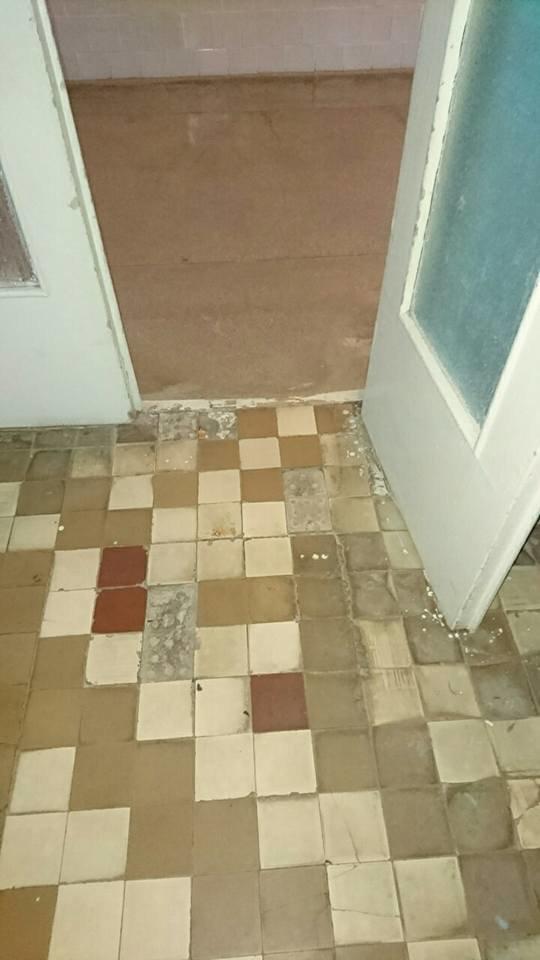 Таргани та брудні туалети - у яких умовах народжують мукачівки: фото, фото-4