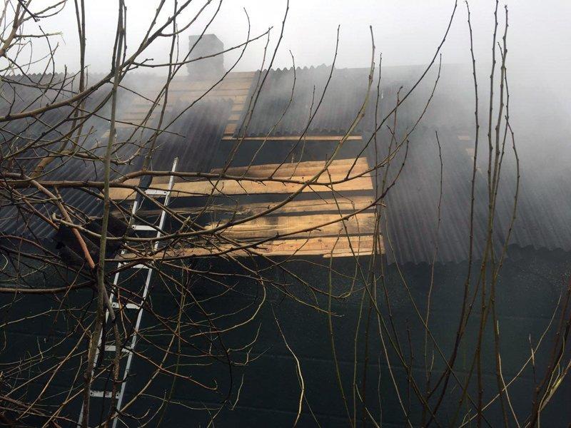 Террористы вновь нанесли удар по Авдеевке - ранена местная жительница, уничтожен дом, фото-1