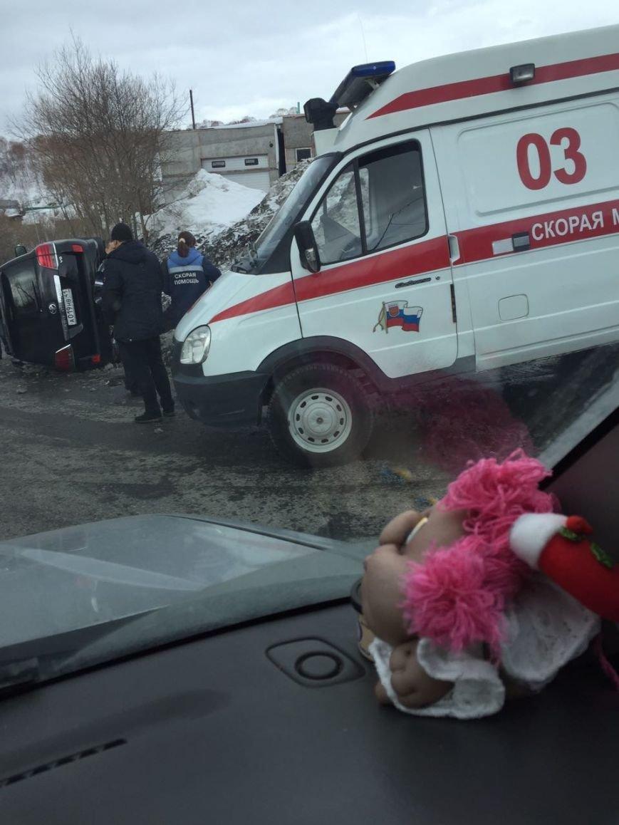 На спуске в Сероглазку перевернулся Toyota Land Cruiser – водителю стало плохо, фото-2