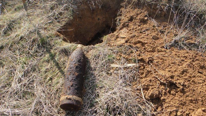 На Херсонщині піротехникі знищили 6 боєприпасів часів Другої світової війни (фото), фото-1