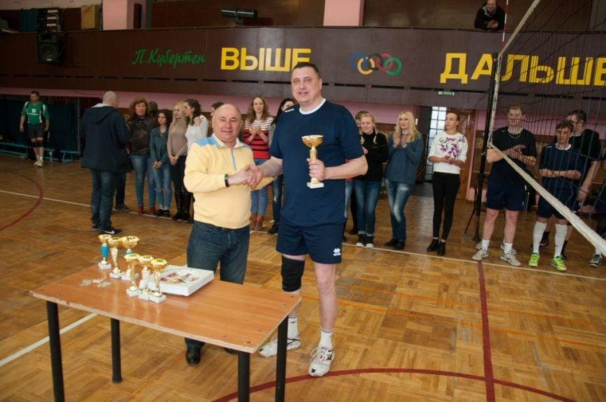 В Каменском прошел чемпионат города по волейболу, фото-5