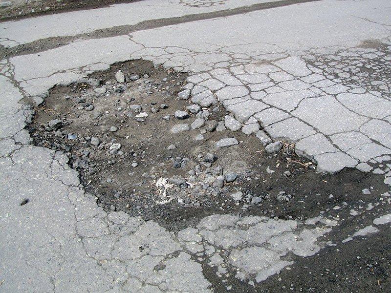 После обследования дорог в Бахмуте полицейские составили три административных протокола, фото-2