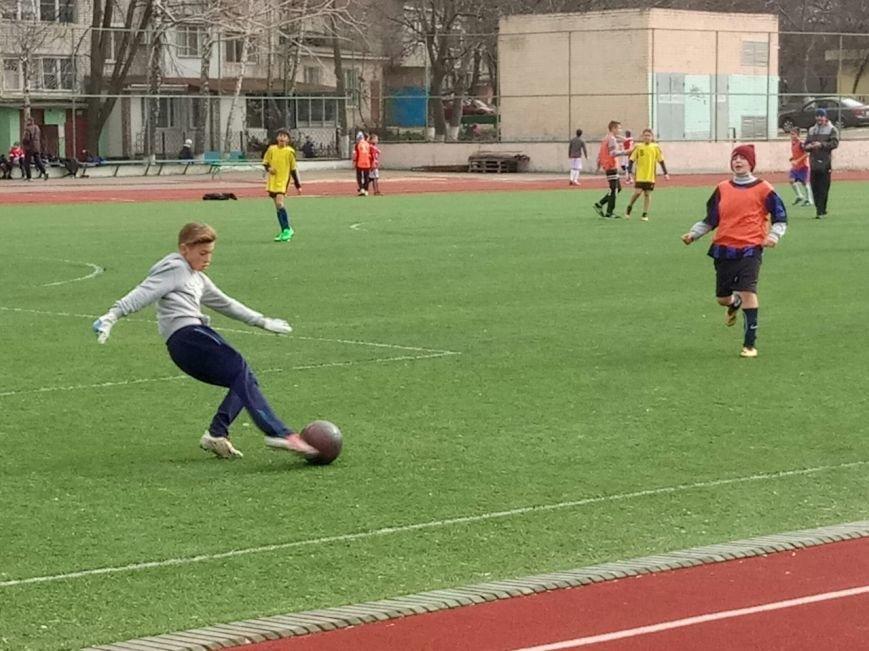 В Черноморске стартовала городская Спартакиада школьников по футболу, фото-1