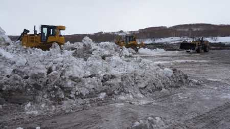 В Петропавловске снежные полигоны заполнены до отказа, фото-2