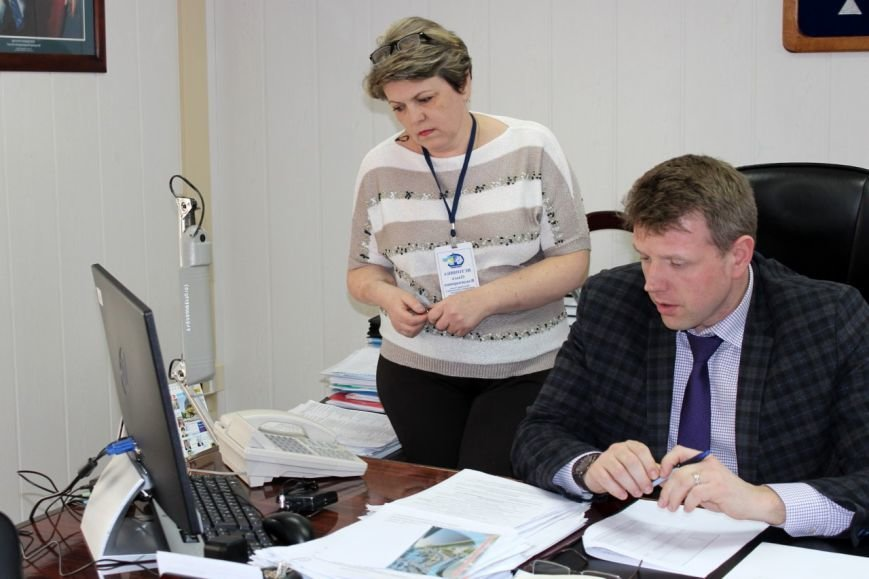 На «прямой телефонный провод» администрации поступило 50 звонков от вартовчан, фото-3