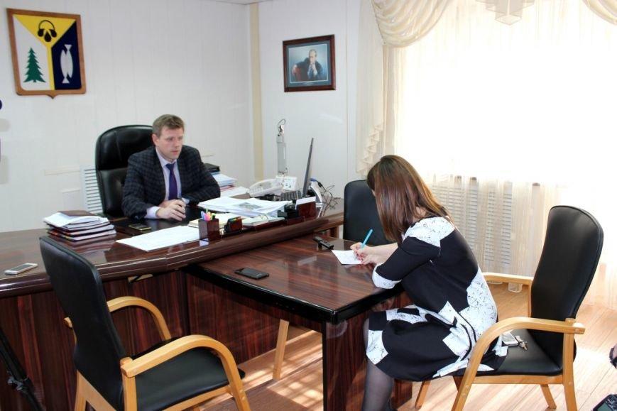 На «прямой телефонный провод» администрации поступило 50 звонков от вартовчан, фото-4