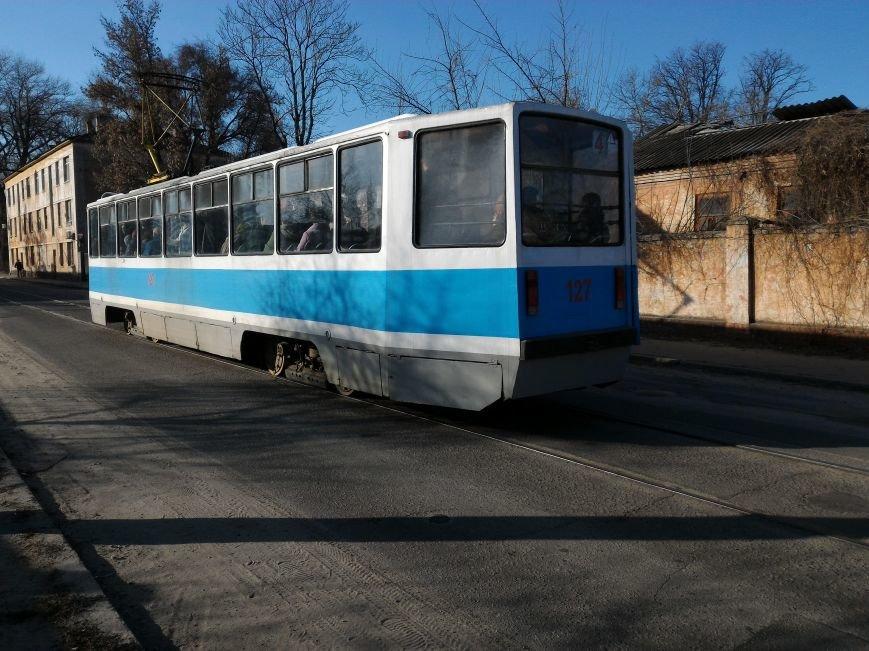 Теперь каменчане могут покупать проездные у кондукторов трамвая, фото-1