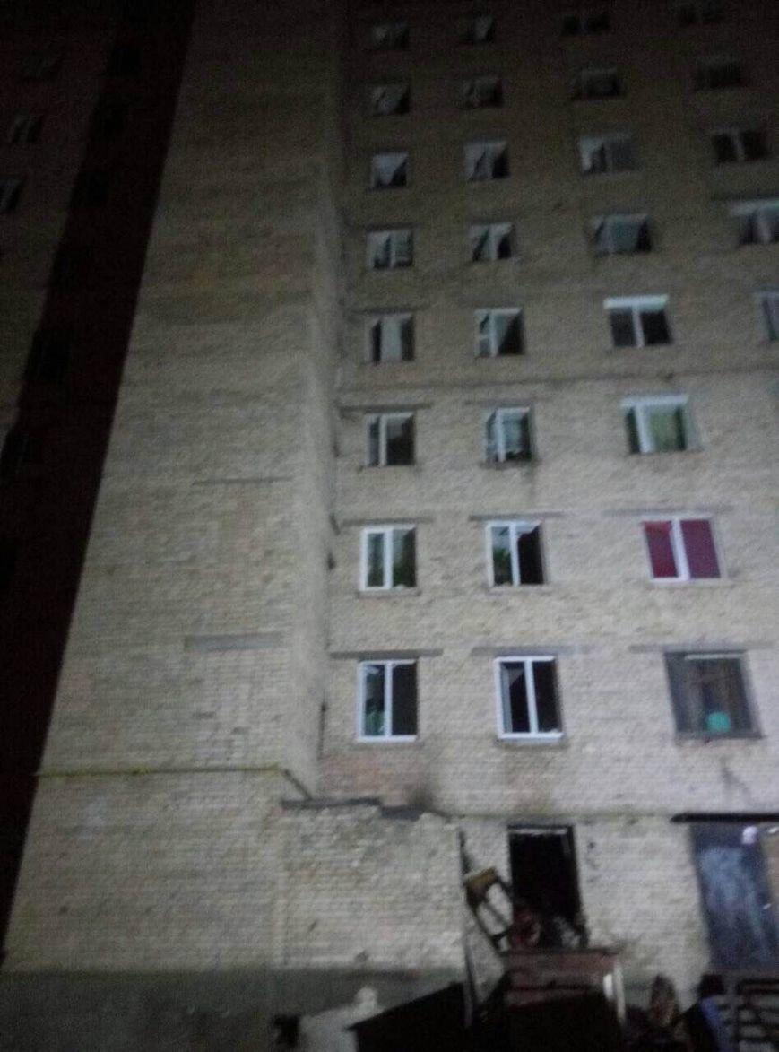 Масштабный пожар в Киеве: спасли 2 детей и 9 взрослых (ФОТО), фото-2