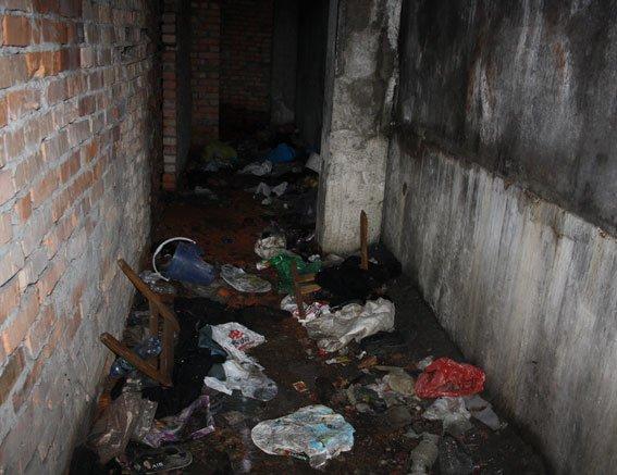 В Кременчуге школьники нашли скелет человека в недостроенном здании (ФОТО), фото-1