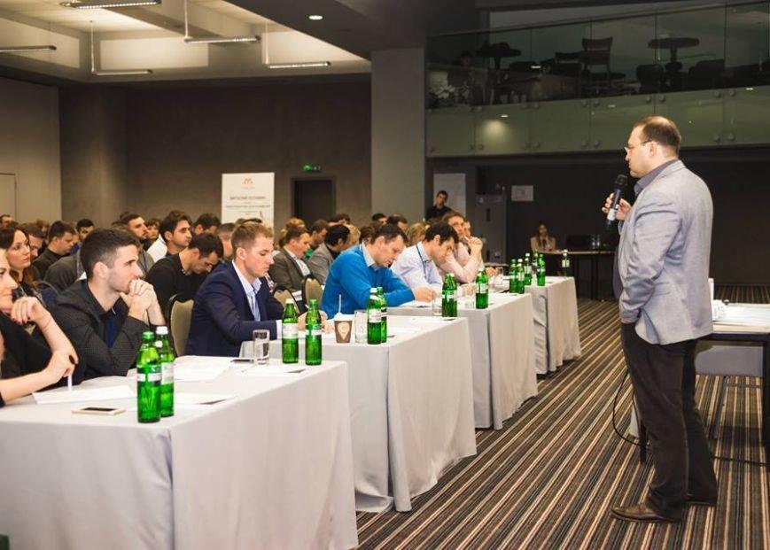 Константин Бакшт научит Донских бизнесменов увеличивать прибыль, не уменьшая цены, фото-2