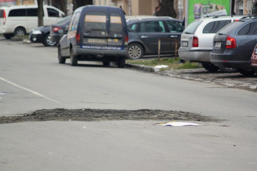 Через будівництво на Швабській діти виходять на дорогу, а водії порушують ПДР: фоторепортаж, фото-18