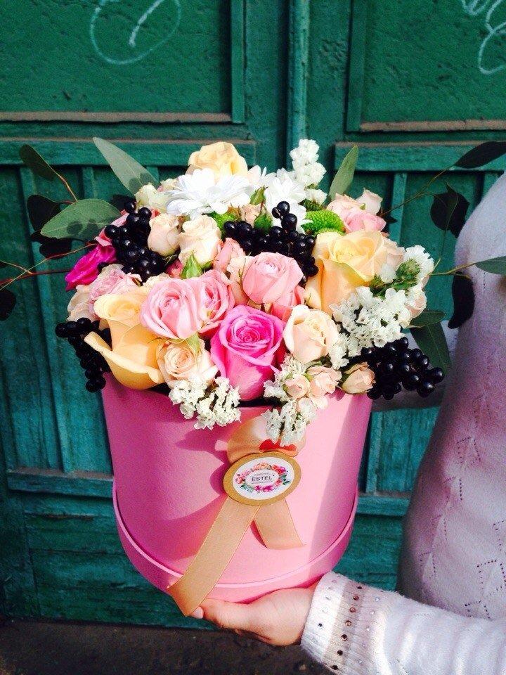 Где заказать цветочные композиции в красивых шляпных коробках?, фото-2