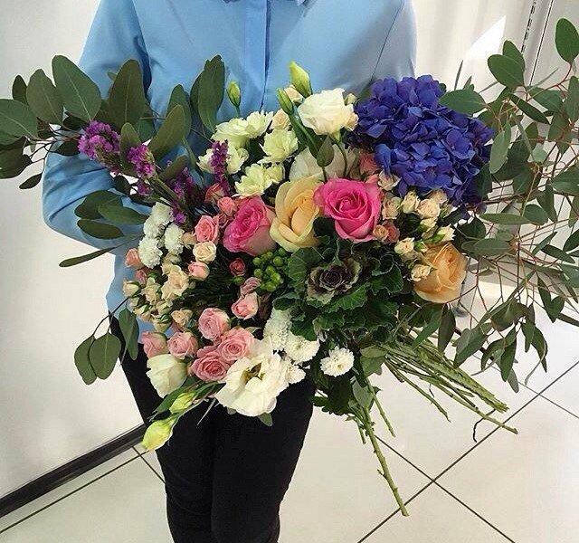 Где заказать цветочные композиции в красивых шляпных коробках?, фото-3