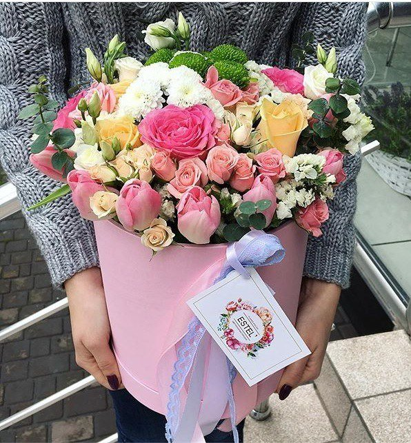 Где заказать цветочные композиции в красивых шляпных коробках?, фото-1