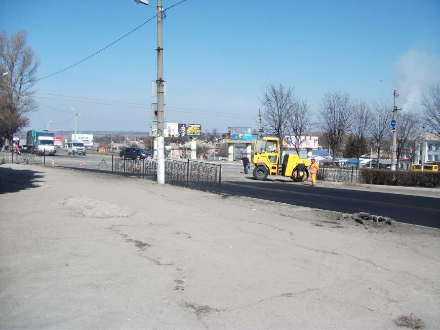 Из-за ремонта дороги на проспекте Аношкина перекрыто движение, фото-7