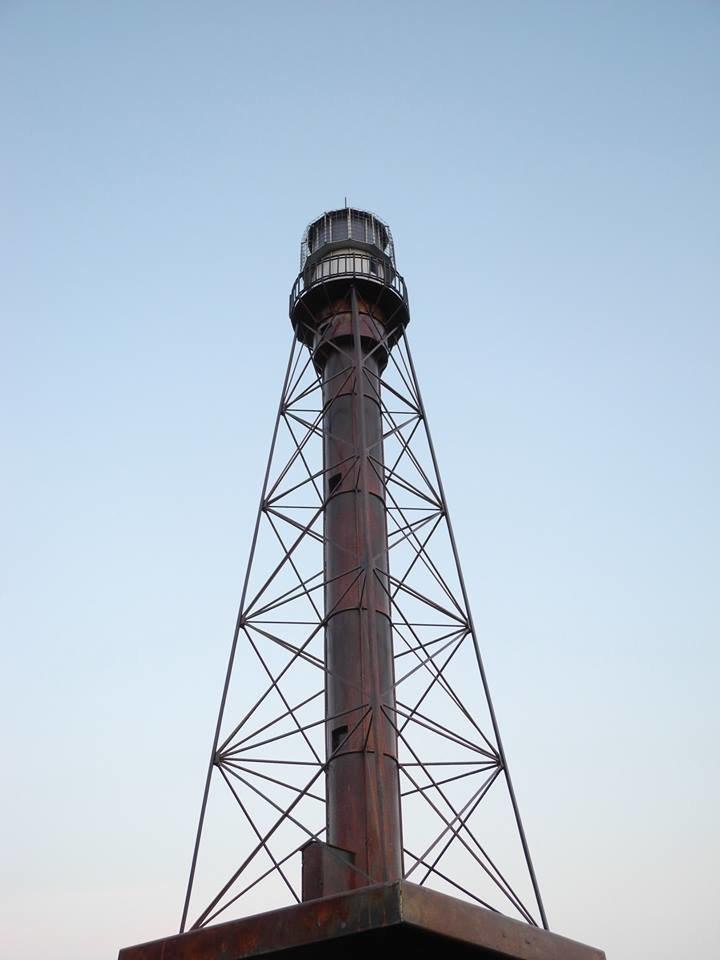 На Херсонщине появилась уменьшенная рабочая копия маяка с острова Джарылгач (фото), фото-1