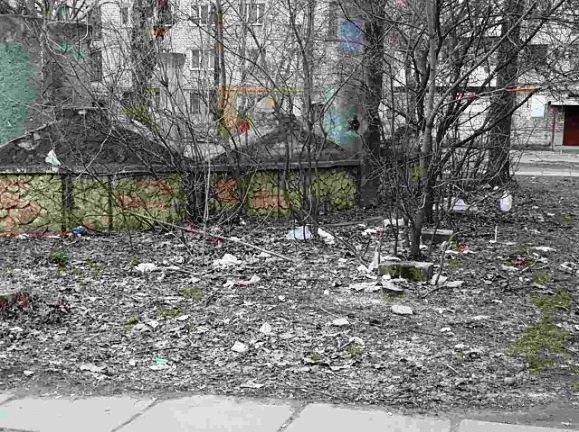 У Херсоні поруч з дитячим садком вживають спиртне та наркотики (фото), фото-1