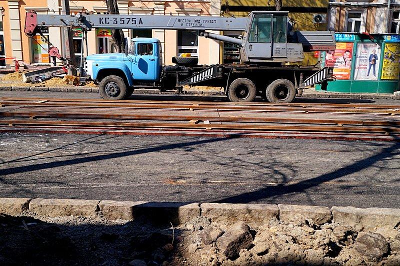 Одесситы превратили отремонтированную площадь в парковку (ВИДЕО, ФОТО), фото-17