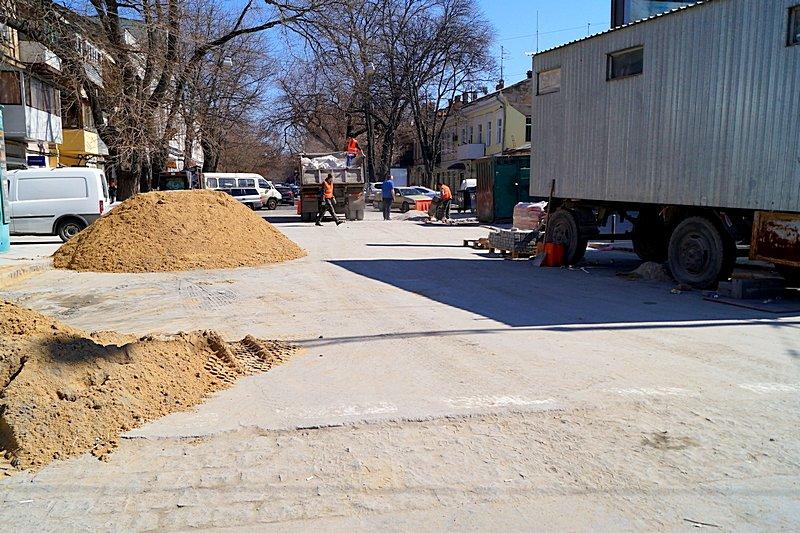 Одесситы превратили отремонтированную площадь в парковку (ВИДЕО, ФОТО), фото-12