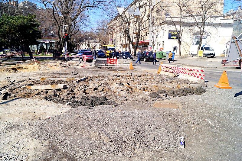 Одесситы превратили отремонтированную площадь в парковку (ВИДЕО, ФОТО), фото-20