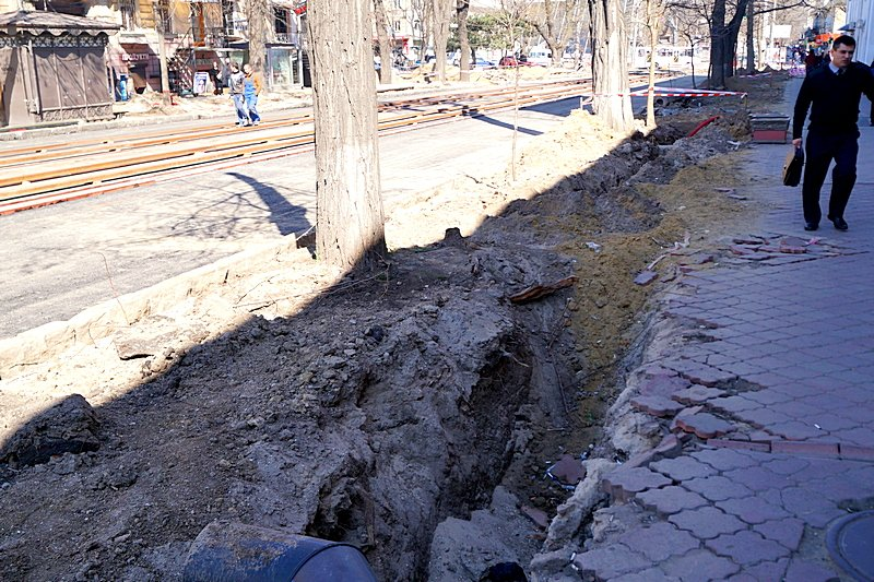 Одесситы превратили отремонтированную площадь в парковку (ВИДЕО, ФОТО), фото-18