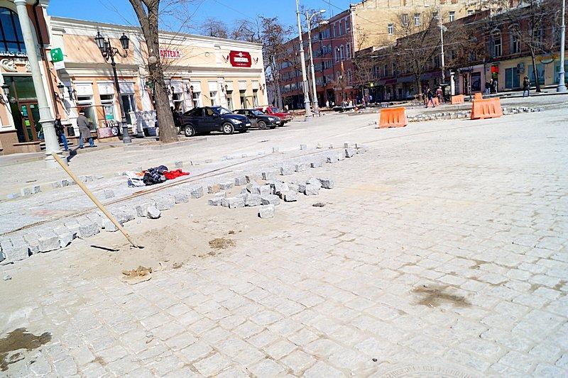 Одесситы превратили отремонтированную площадь в парковку (ВИДЕО, ФОТО), фото-8