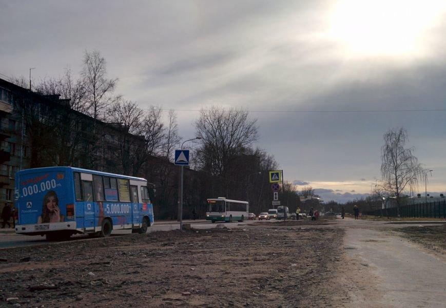 угол Школьной и бульвара Толстого в сторону Ленинградской 2