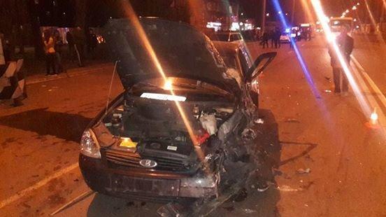 У Кременчуці на Молодіжному сталася масштабна ДТП: зіткнулося 4 автівки, є постраждалі (ВІДЕО), фото-6