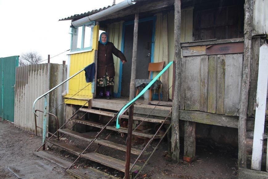 «Шипулин к нам не доехал». Жильцы барака в хуторе Валковском мечтают пожить в 21 веке, фото-1