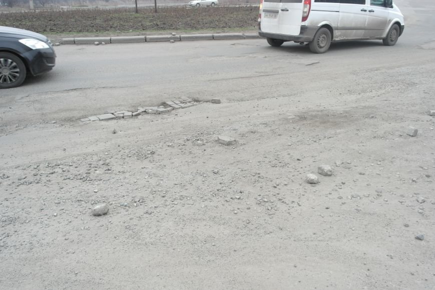 Берегите авто: водители шокированы «убитыми» дорогами под «Димитровским» мостом (ФОТО, ВИДЕО), фото-3