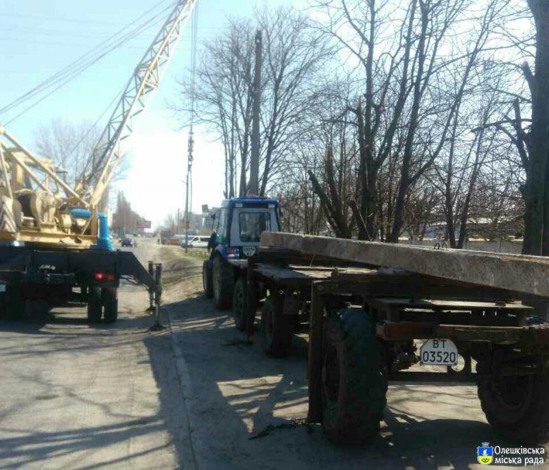 На Херсонщине ДТП: упал столб, фото-1