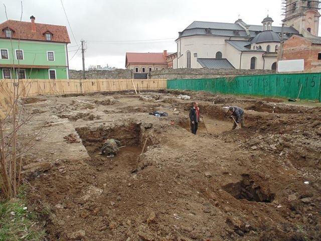 На вулиці П'ятницькій продовжуються розкопки, фото-1
