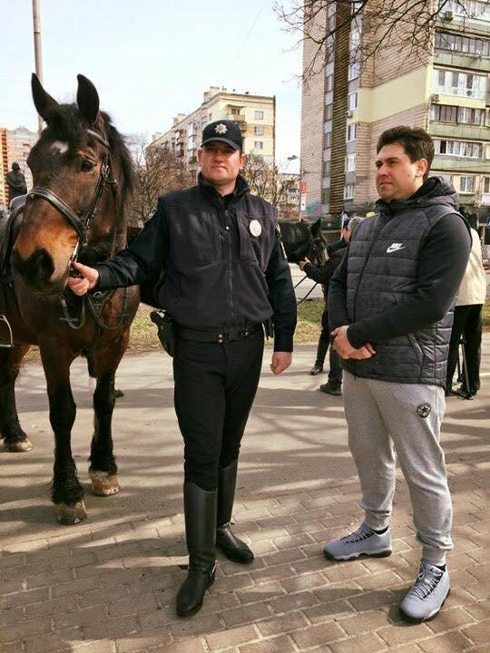 На Русановке появилась конная полиция (ФОТОФАКТ), фото-2