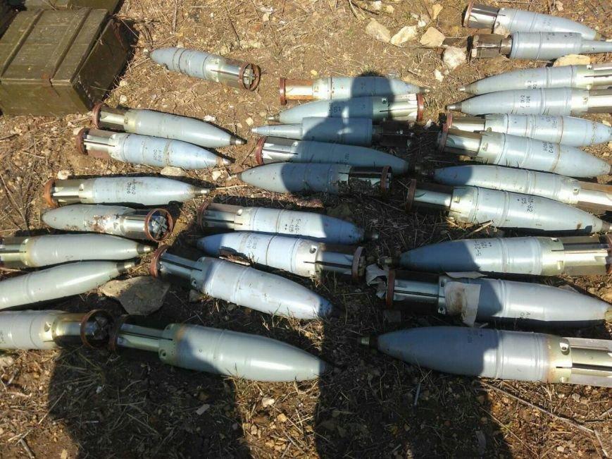 СБУ обнаружила тайник с оружием российского производства в районе проведения АТО, фото-4
